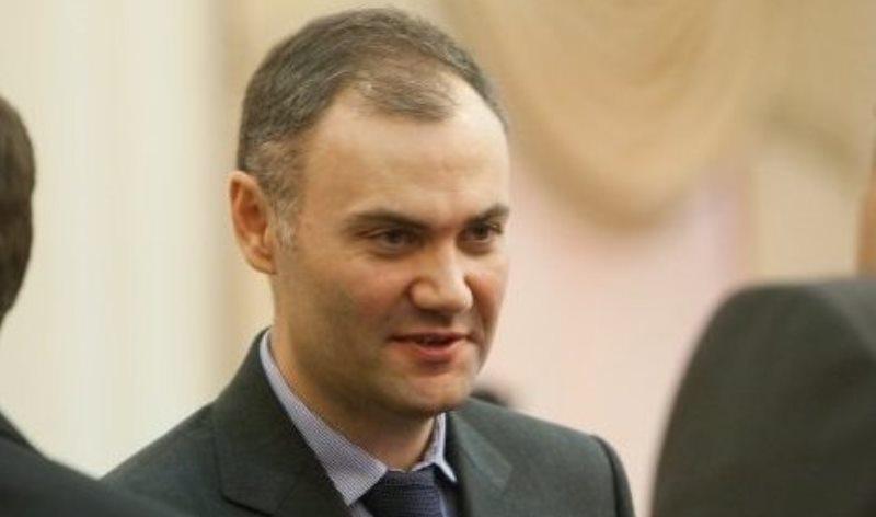 Екс-міністра фінансів павлоградця Юрія Колобова звільнили від кримінальної відповідальності
