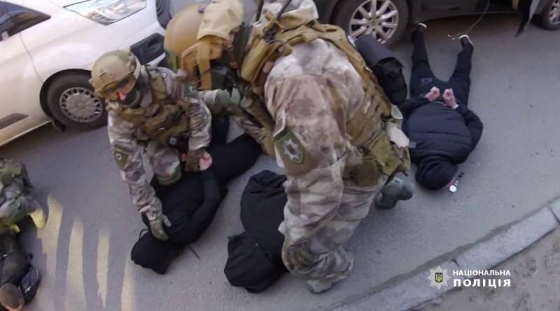 У Дніпрі в ході спецоперації оперативники із залученням «КОРДу» затримали злочинну групу