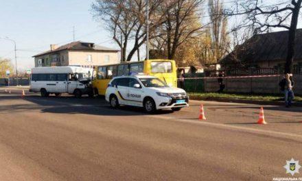 Затримано чоловіка, який викрав мікроавтобус та потрапив на ньому в ДТП