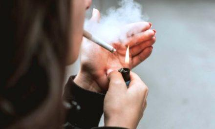 Украинцам запретят курить на балконах: что еще придумали в новом законе