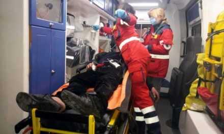 Во время ликвидации возгорания, пожарные спасли мужчине жизнь