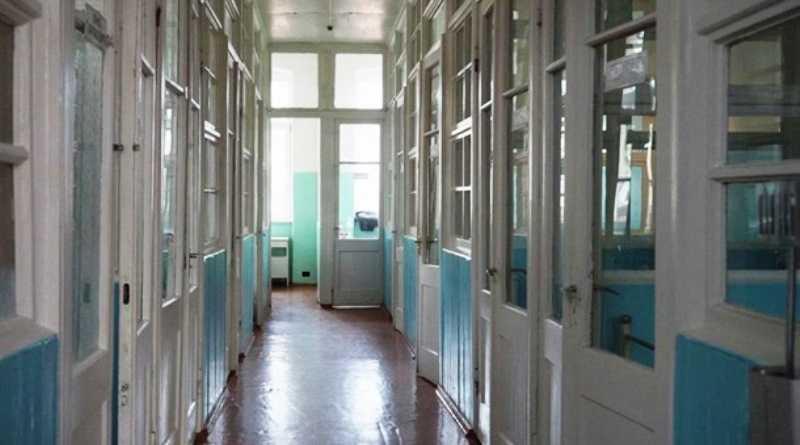 На Днепропетровщине 53 медика на изоляции из-за контакта с больной коронавирусом