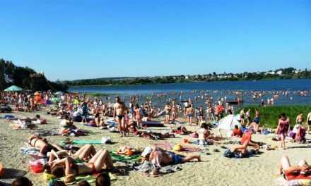 Названы условия открытия пляжей в этом году