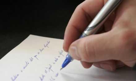 Школярам області пропонують участь конкурсі есе