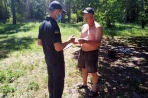 В Павлоградском районе рейдовая группая осуществила патрулирование лесного массива
