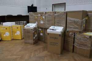 Павлоградская больница интенсивного лечения получила 70 кислородных концентраторов
