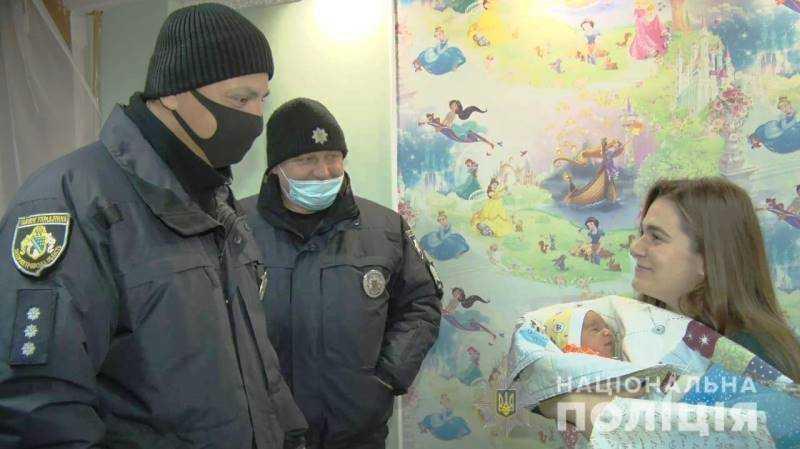По дороге в павлоградский роддом жительница Петропавловского района едва не родила в автомобиле
