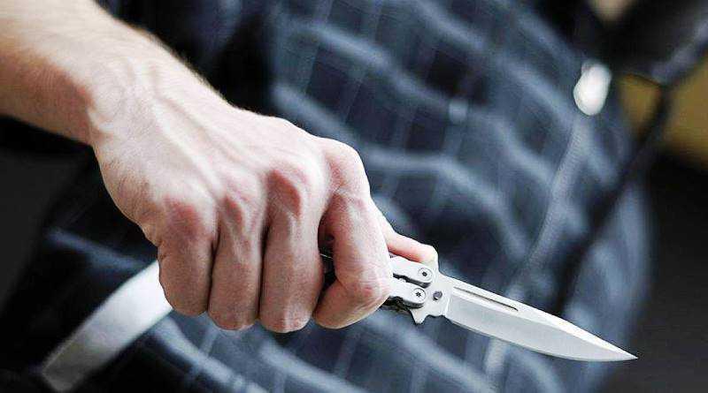 Разбойное нападение в Павлограде: на 75-летнего пенсионера напали прямо у него в квартире