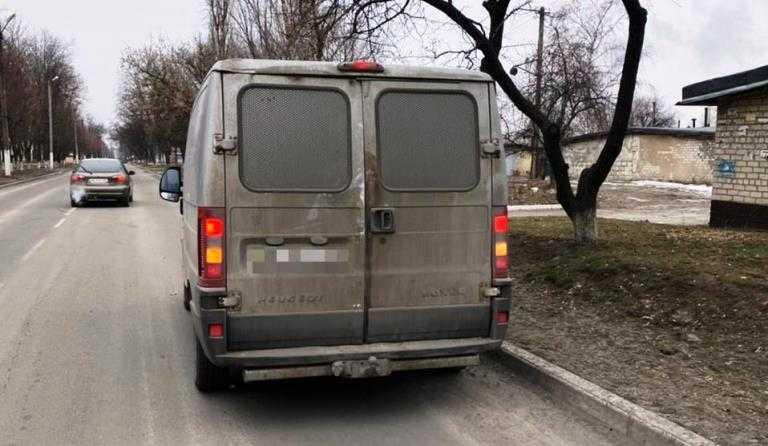 В Терновке полицейские изъяли два автомобиля с поддельными идентификационными номерами