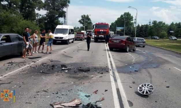 В результате ДТП в Павлограде пострадали 2 человека